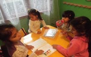 DIOS ES EL CREADOR - Lección 34 - Los Animales que se Arrastran (2) (Lección para niños de 3-4 años, se compartirá el 23 de noviembre del 2014)